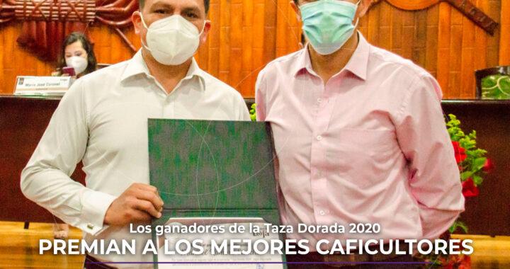 """Lo mejor de Loja"" premian a caficultores lojanos."